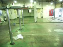 2.ホンダカーズ福岡 工場床塗装 油除去完了