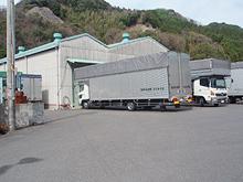 長崎県対馬市 福岡魚函株式会社様 工場塗装 施工前入口