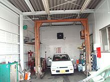 洗車場壁 塗装工事 施工後