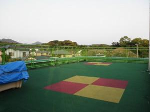 太宰府市 水城幼稚園 屋上手摺塗装工事 完了