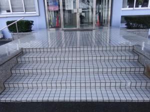 筑紫野市 工業技術センター 玄関 塗装工事 完了