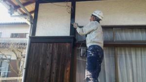大野城市 付け柱 塗装工事 オイルステイン塗装 2回目施工中
