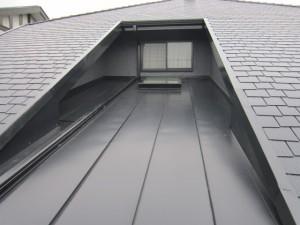 ガルバニウム鋼板 屋根葺き替え工事 完了
