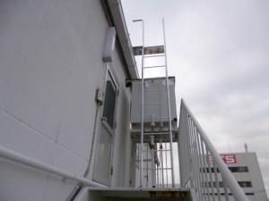 福岡市 博多区 昇降用 タラップ取付け工事 完了