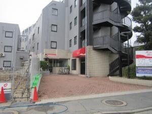 春日市 バジェットホテル 玄関 塗装工事 施工前