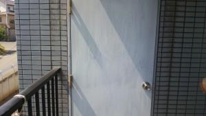 春日市 塗装工事 バジェットホテル ドア塗装 施工前