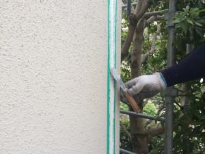 筑紫野市 F様邸 塗装工事 シーリング ヘラ調整
