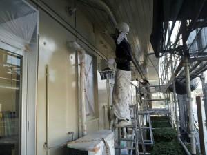 福岡市 東区 JA 塗装工事 上塗り施工中