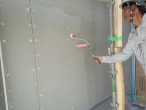 小郡市 Y様邸 新築 塗装工事 下塗り施工中
