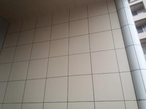 福岡県 宗像市 竹田ビル 玄関壁 塗装工事 完了