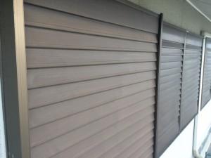筑紫野市 F様邸 塗装工事 雨戸ケレン 完了
