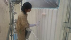 久留米市 塗装工事 アイゼン通運 外壁 下塗り 施工中
