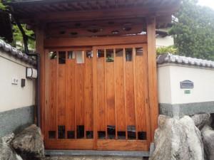 太宰府市 T様邸 塗装工事 木部 薬品洗浄 完了