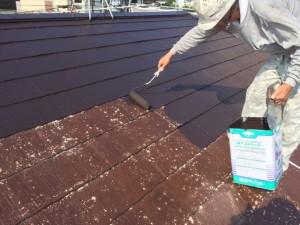 筑紫野市 F様邸 塗装工事 屋根 中塗り施工中