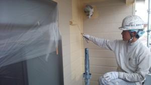 筑紫野市 塗装工事 M様邸 外壁 上塗り 施工中