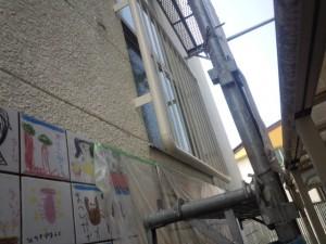福岡市 早良区 塗装工事 早良幼稚園 鉄格子 ケレン施工中