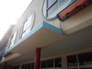 福岡市 早良区 塗装工事 早良幼稚園 庇 塗装 完了