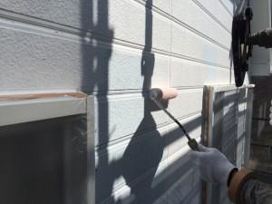宗像市 塗装工事 I様邸 外壁 下塗り施工中
