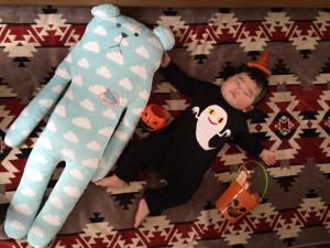 ハロウィンのすみれ♡ 疲れて寝ちゃいましたとさ☆