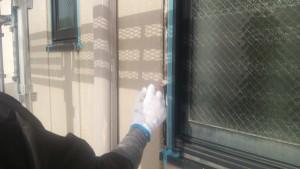 福岡市博多区 FMT 塗装工事 シーリングプライマー 施工中