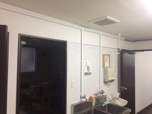 大野城市 黒棒ドーナツ店 塗装工事 内部パイプ塗装 完了