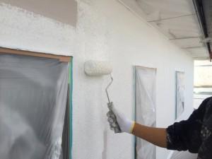 大野城市 T様邸 塗装工事 外壁 下塗り施工中