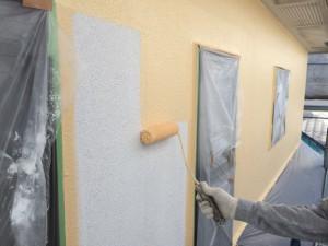 大野城市 T様邸 塗装工事 外壁 上塗り1回目