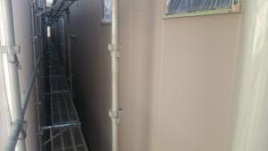 福岡市博多区 FMT 塗装工事 外壁 下塗り 完了