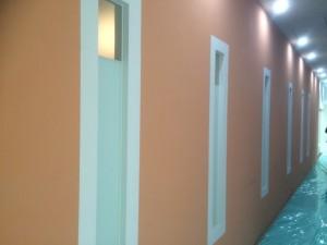 福岡市中央区 塗装工事 ミーナ天神 内部壁塗装 施工前