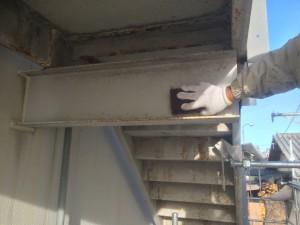 大野城市 塗装工事 岩田屋 階段塗装 ケレン施工中