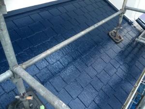 筑紫野市 塗装工事 H様邸 屋根塗装 上塗り2回目 施工中