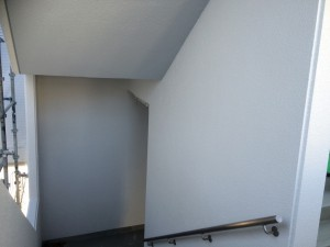 太宰府市 塗装工事 サンケア太宰府 外部階段 完了