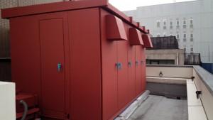 福岡市 博多区 博多駅前第2ビル 屋上 キューピクル 塗装工事  錆止め 完了