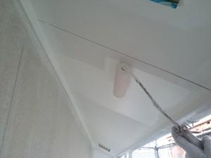 那珂川町 借家 塗装工事 軒裏 上塗り 2回目