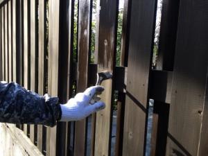 福岡市早良区 塗装工事 徳栄寺 木塀 塗装 施工中