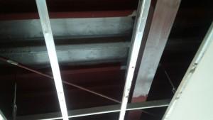 福岡県 飯塚市 塗装工事 メディア飯塚 駐車場 屋根裏 鉄骨 錆転換塗装 完了