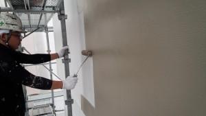 福岡市 中央区 天神荘ビル 塗装工事 外壁 中塗り 施工中☆