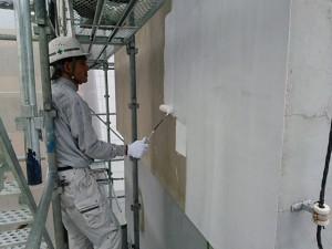 福岡市 中央区 Tビル 塗装工事 外壁 下塗り アンダーフィラー波型模様