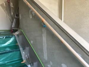 大野城市 塗装工事 リバーサイドシブタ 通路壁 塗装 施工前
