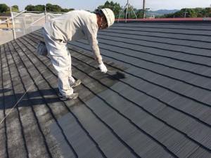 大野城市 塗装工事 Sアパート 屋根塗装 中塗り施工中