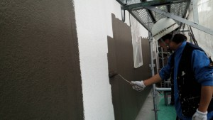 大野城市 塗装工事 Sアパート 外壁塗装 中塗り