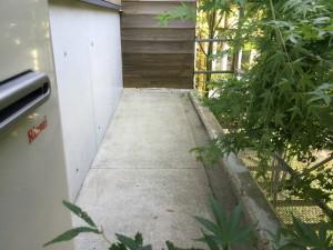 福岡県 糸島市 塗装工事 雷山の森 別荘 庇 防水 施工前