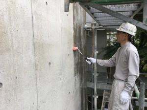 福岡県 糸島市 塗装工事 雷山の森 別荘 爆裂下地処理 ミクロンガード1回目