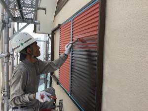 筑紫野市 T様邸 雨戸塗装 下塗り 施工中