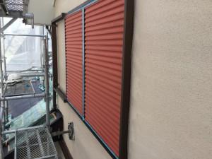筑紫野市 T様邸 雨戸塗装 下塗り 完了