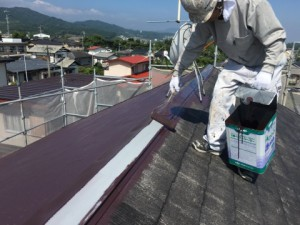 大野城市 塗装工事 K様邸 屋根塗装 棟板金 上塗り1回目