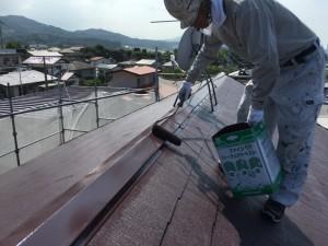 大野城市 塗装工事 K様邸 屋根塗装 棟板金 上塗り2回目
