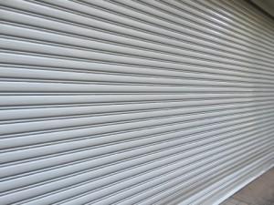 福岡市 博多区 倉庫 シャッター 塗装工事 上塗り 完了