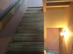 福岡市 H様邸 新築 内部塗装工事 階段 施工前