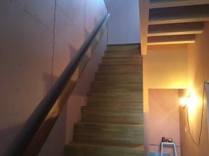 福岡市 H様邸 新築 内部塗装工事 階段 完了